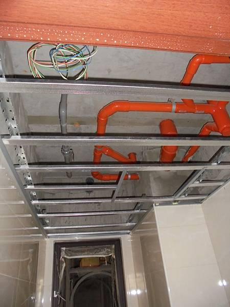 12-09 .3F浴室天花板骨架裝釘