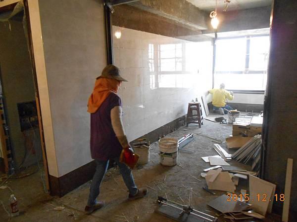 12-18 8F梯廳貼壁磚