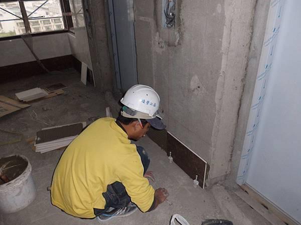 01-23 9F梯廳貼壁磚