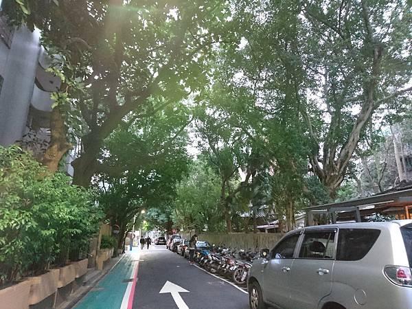 1-3青田七六巷口.JPG
