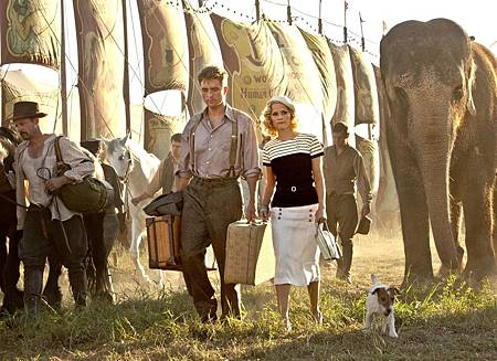 Water-for-Elephants-2011-Gallery-Posters-Pictures-Photos-25.jpg