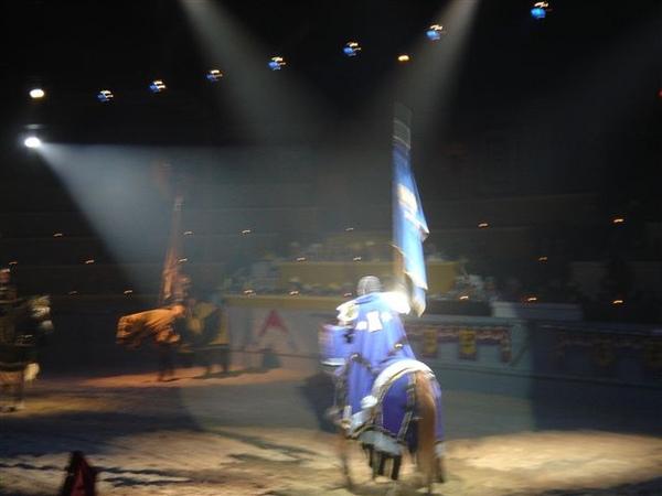 介紹騎士出場--blue
