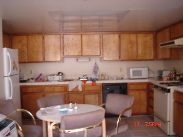 很大很大的廚房