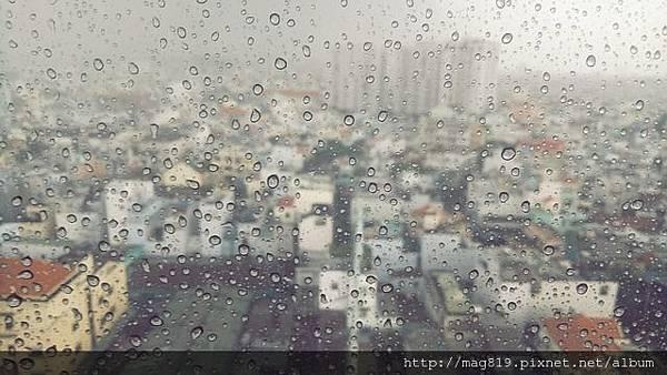 rain-2148426_640.jpg