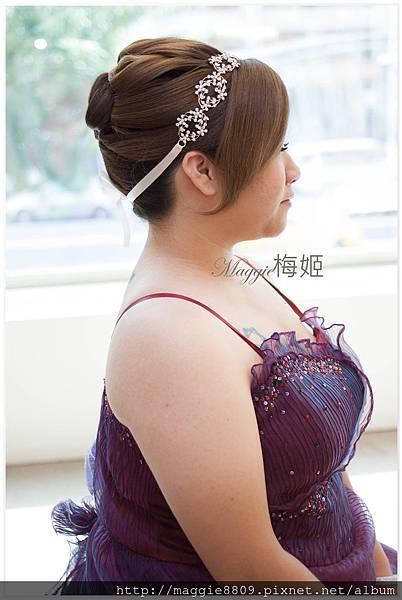 胖胖新娘造型