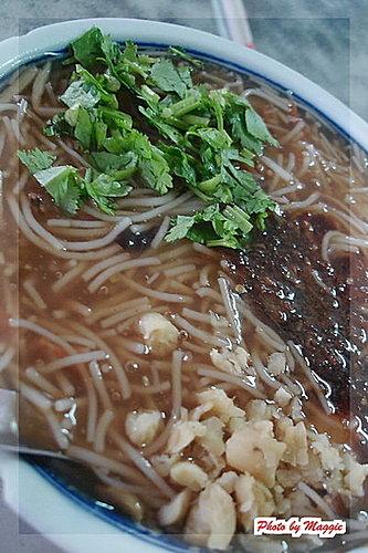 宜蘭羅東美食~香廚臭豆腐&米粉羹。羅東臭豆腐推薦。羅東米粉焿推薦
