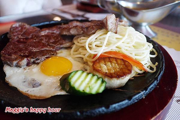 宜蘭羅東五結【勁牛牛排】羅東超大份量高CP值平價牛排。飲品、濃湯、烤吐司自助無限供應