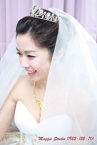 新娘秘書綠茵Maggie彩妝造型設計。新娘秘書。新秘。韓風新娘。編髮造型。旗袍造型.JPG