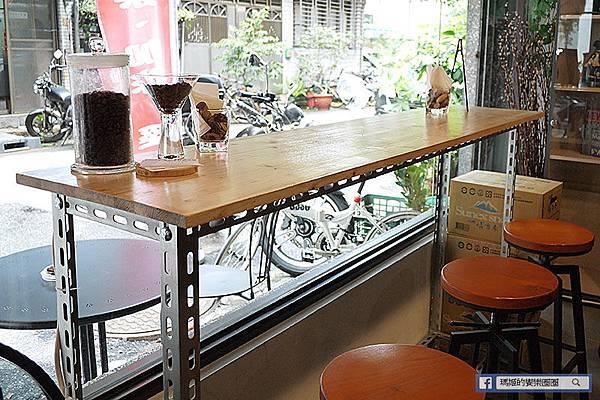 台北中山【Hands Coffee 名品手作咖啡坊】高CP值南京復興義大利麵。南京復興咖啡館。南京復興下午茶