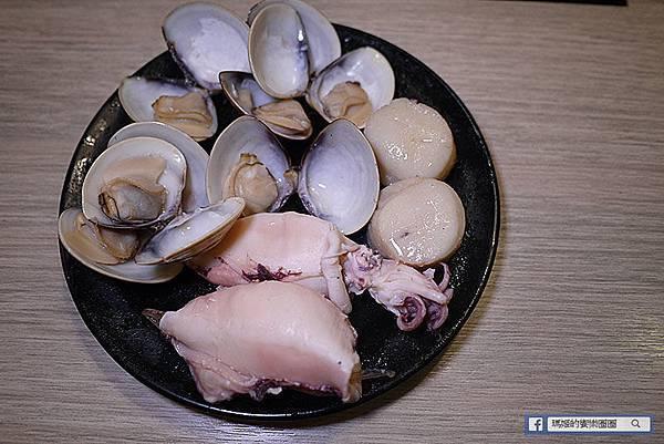 台北美食【沐澄微笑鍋物】後山埤火鍋。五分埔火鍋。松山火鍋