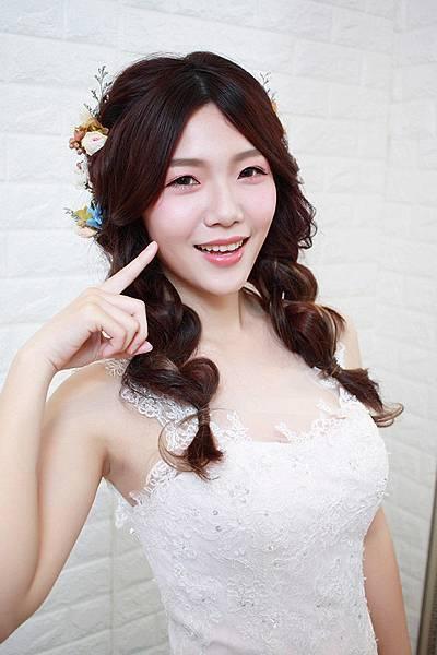 自然清透妝感和新娘皮膚保養分享-新娘必看