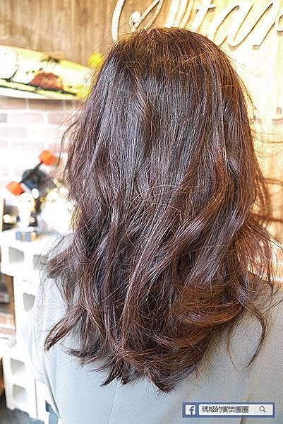台北中山美髮【Starry髮廊】摩卡甜棕色讓我擁有好氣色!質感染髮讓我美美出國去~