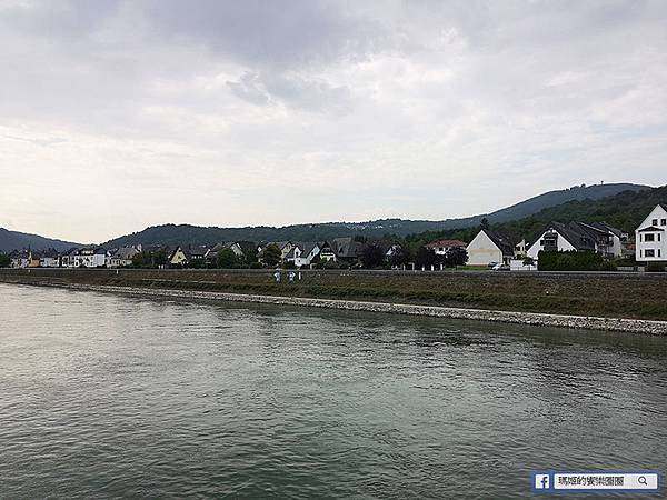 德國景點【Rhine萊茵河遊船】世界文化遺產之歐洲第四大最美的河流~沿途眺望貓堡、鼠堡、羅蕾萊傳說~可樂旅遊