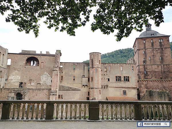德國景點【海德堡Heidelberg】海德古堡巡禮~聖靈教堂/騎士之家/市集廣場/世界最大葡萄酒桶/電影學生王子拍攝場景