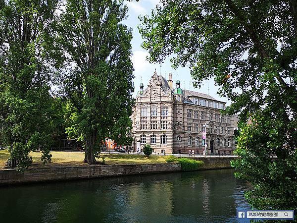 法國景點【史特拉斯堡】日本宮崎駿電影霍爾的移動城堡發想地~歐洲童話小鎮網美必訪景點