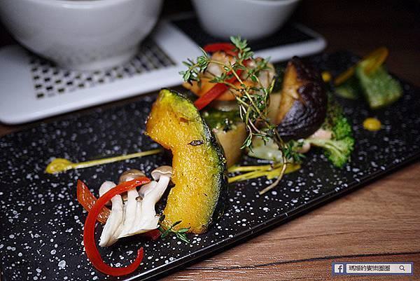 東區餐酒館推薦【悄悄話餐酒館】五星級創意無國界料理/台北東區美食
