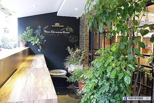 台北市府站素食【蔬漫小姐】網美風素食餐廳/義大利麵/燉飯/披薩/帕尼尼/焗烤
