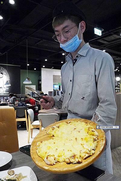 新莊義式餐廳吃到飽【鬥牛士義式廚房新莊店】義大利麵/披薩/炸物吃到飽/單點牛排+義式料理吃到飽