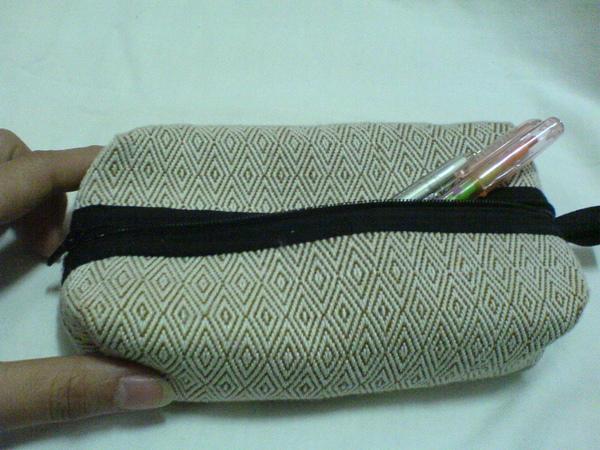 黃阿嬤親手製作的包