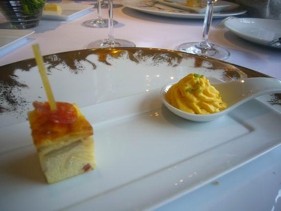 西班牙蛋餅+臘腸<br /> <br /> 片.JPG