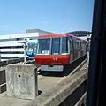 4/16 飛機到後 要先搭接駁電車