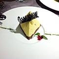 王品慶生芒果金字塔甜點
