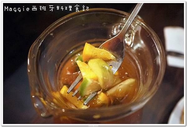 2011.07.11 西班牙料理吃到飽 (7).JPG