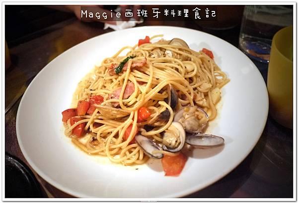 2011.07.11 西班牙料理吃到飽 (10).JPG