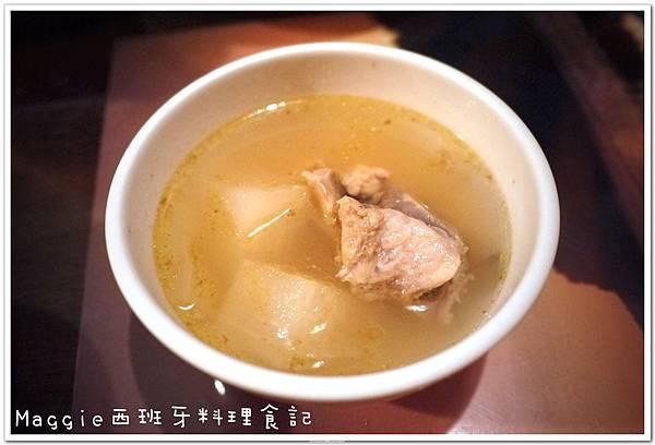 2011.07.11 西班牙料理吃到飽 (11).JPG