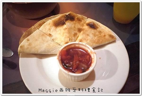 2011.07.11 西班牙料理吃到飽 (22).JPG
