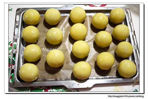 2012.09.02 蛋黃酥 (66)