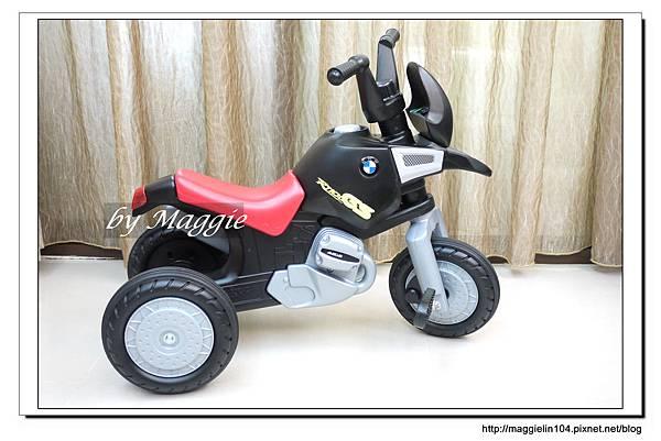 BMW兒童腳踏摩托車 (2).JPG