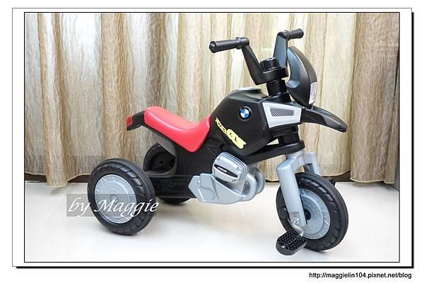 BMW兒童腳踏摩托車 (3).JPG