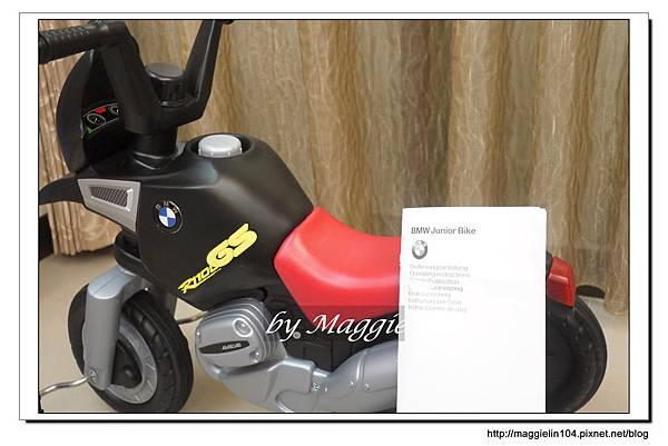 BMW兒童腳踏摩托車 (22).JPG