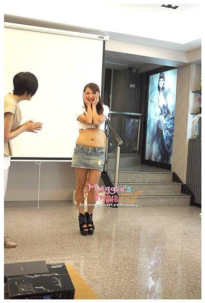 蘿琳亞 塑身衣 (31).JPG