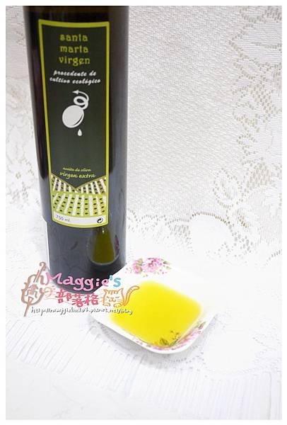 聖瑪爾塔有機初榨橄欖油 (12).JPG