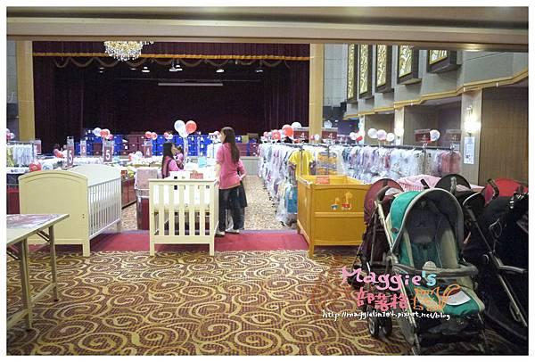 2014.07 mothercare特賣會 (6).JPG