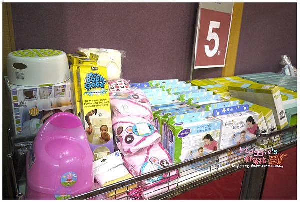 2014.07 mothercare特賣會 (19).JPG
