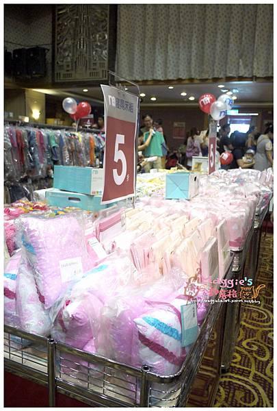2014.07 mothercare特賣會 (21).JPG
