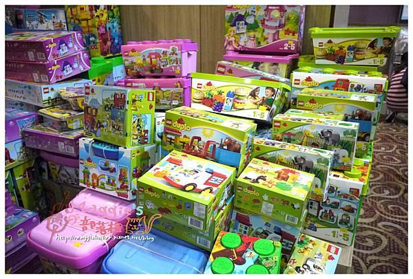 玩具特賣會 (2).JPG
