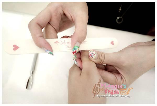 Ariel Jewelry Nail Salon 艾珞裘麗日式光療美甲 (27).JPG