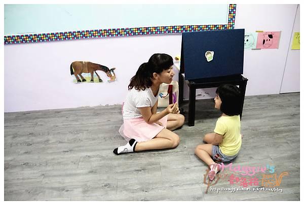 MAMI-BABY&KIDS日文音樂繪本遊樂園 (1).JPG