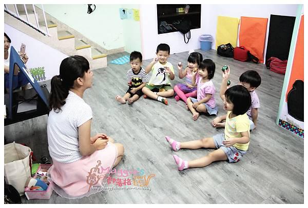 MAMI-BABY&KIDS日文音樂繪本遊樂園 (9).JPG