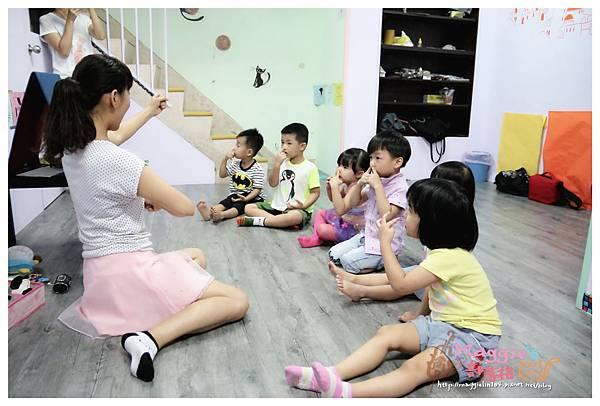 MAMI-BABY&KIDS日文音樂繪本遊樂園 (17).JPG