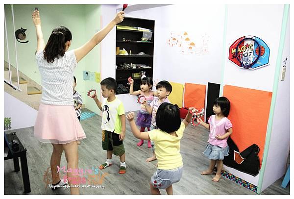 MAMI-BABY&KIDS日文音樂繪本遊樂園 (20).JPG