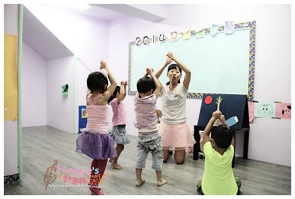 MAMI-BABY&KIDS日文音樂繪本遊樂園 (24).JPG