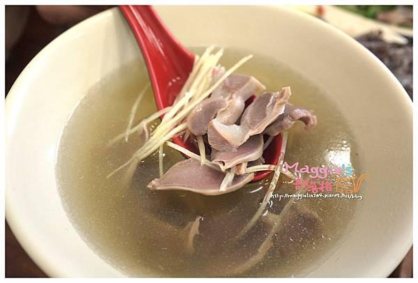 鼎上傳統鵝肉店 (31).JPG