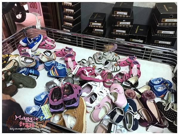 名牌童鞋特賣會 (13).JPG