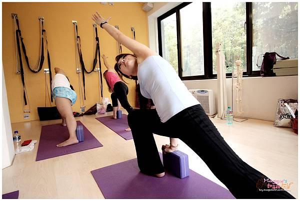 Namaste瑜珈服 (3).JPG
