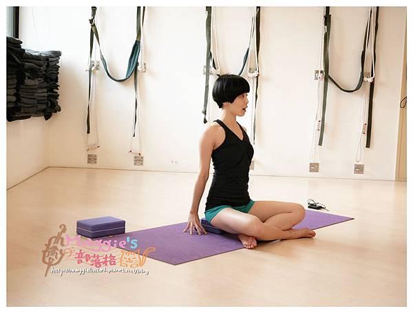 Namaste瑜珈服 (17).JPG